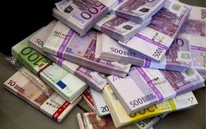 Србији нису потребне државне банке, јер нема државу која би њима ваљано управљала 4